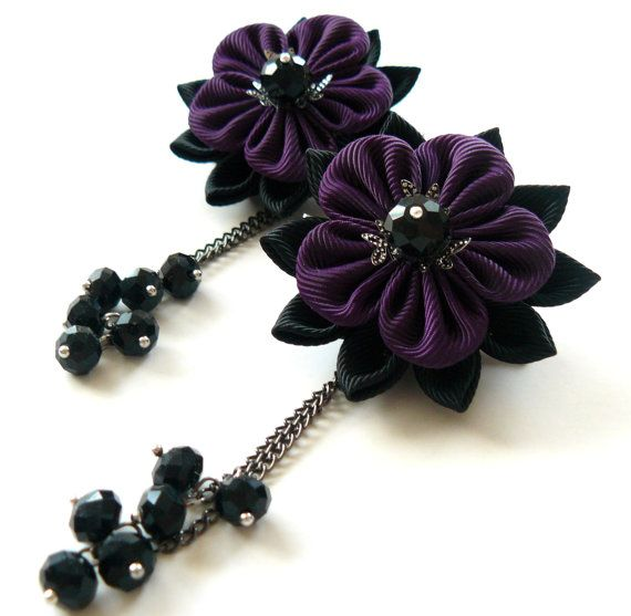 Flores de tela Kanzashi. Juego de 2 pinzas de pelo. Negro y ciruela. Pinza de pelo gótico