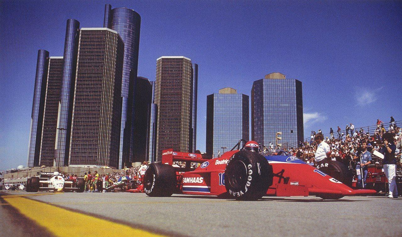 Beatrice Lola Unique photo, Race cars, Detroit