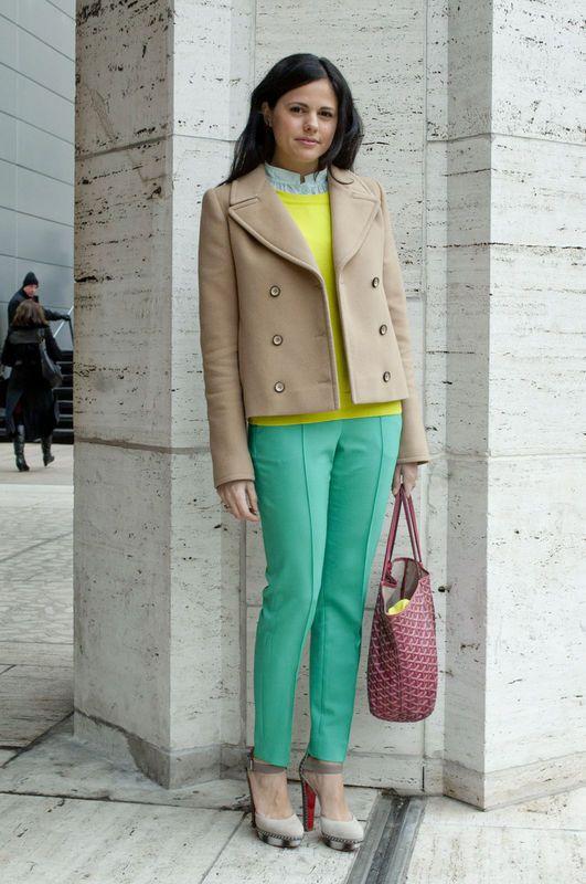 Street Style Nueva York - StreetStyle - Moda Primavera Verano 2012 - Lo último en tendencias, glamour y celebrities - ELLE.ES
