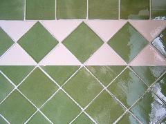 Carrelage Faiences Murales 10x10 Pose En Diagonale Avec Triangles Emailles Carreaux Salle De Bain Carrelage Faience