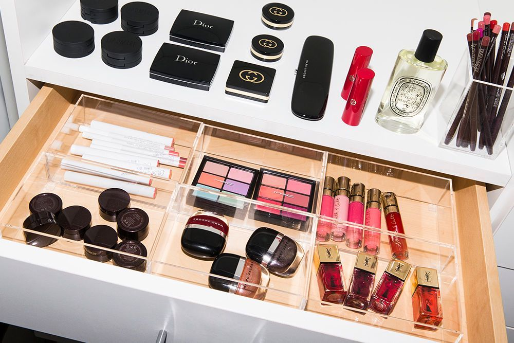 Makeup organization tips from the itg beauty closet   into the gloss images