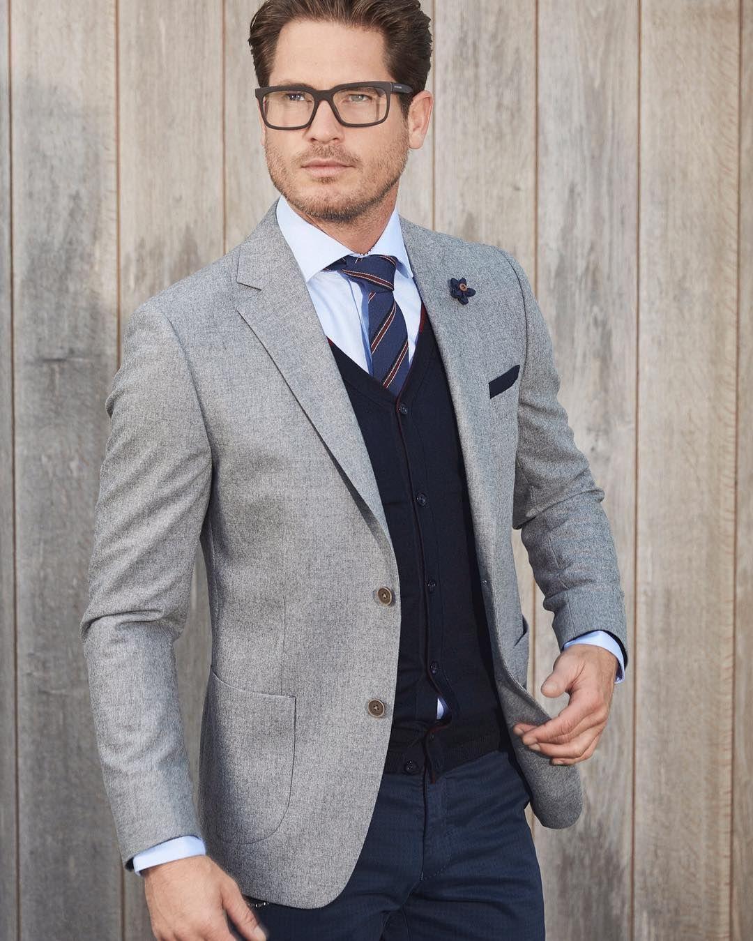 Blazers Combination: Nice 25 Remarcable Ways To Style Grey Blazer
