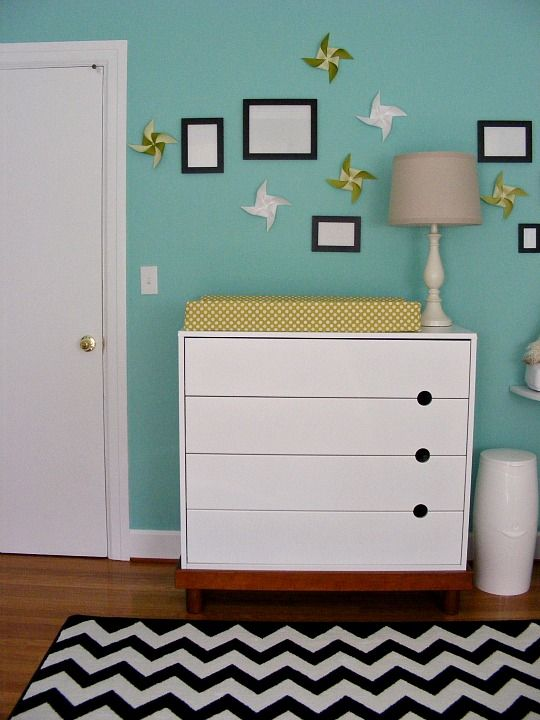 Do I Love The Chevron Rug In This Nursery Um Yes Also Randomly Placed Pinwheels And Black Frames White Dresser Ikea Sea