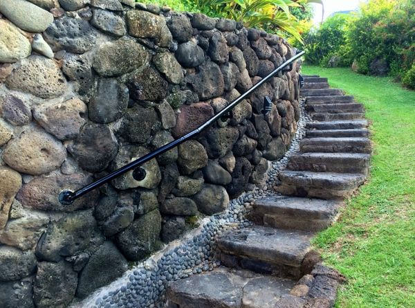Best Adding Railing To Stone Walls Http Www 640 x 480
