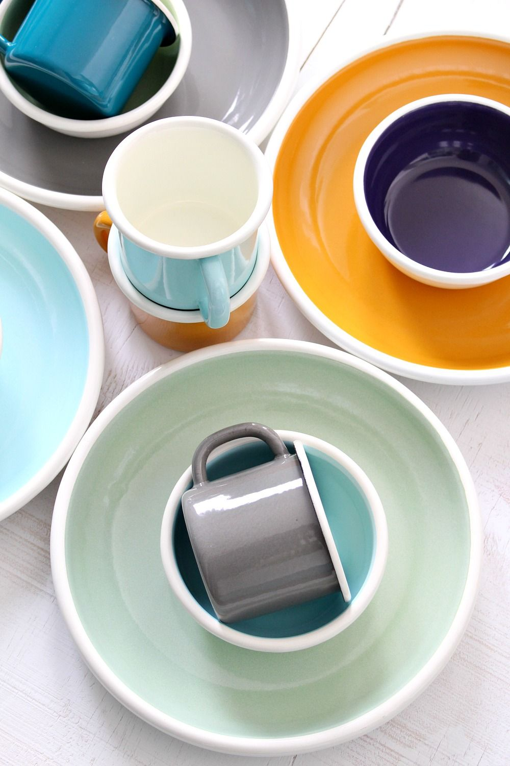 Colorful Modern Enamel Dishes Bornn Bloom Perfect For The Cottage Camper Or Patio