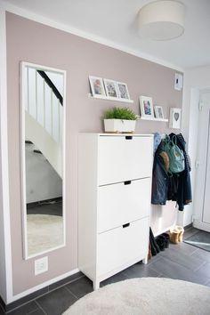 IKEA Hack für mehr Stauraum im Flur: Aus Küchenschrank wird Sideboard