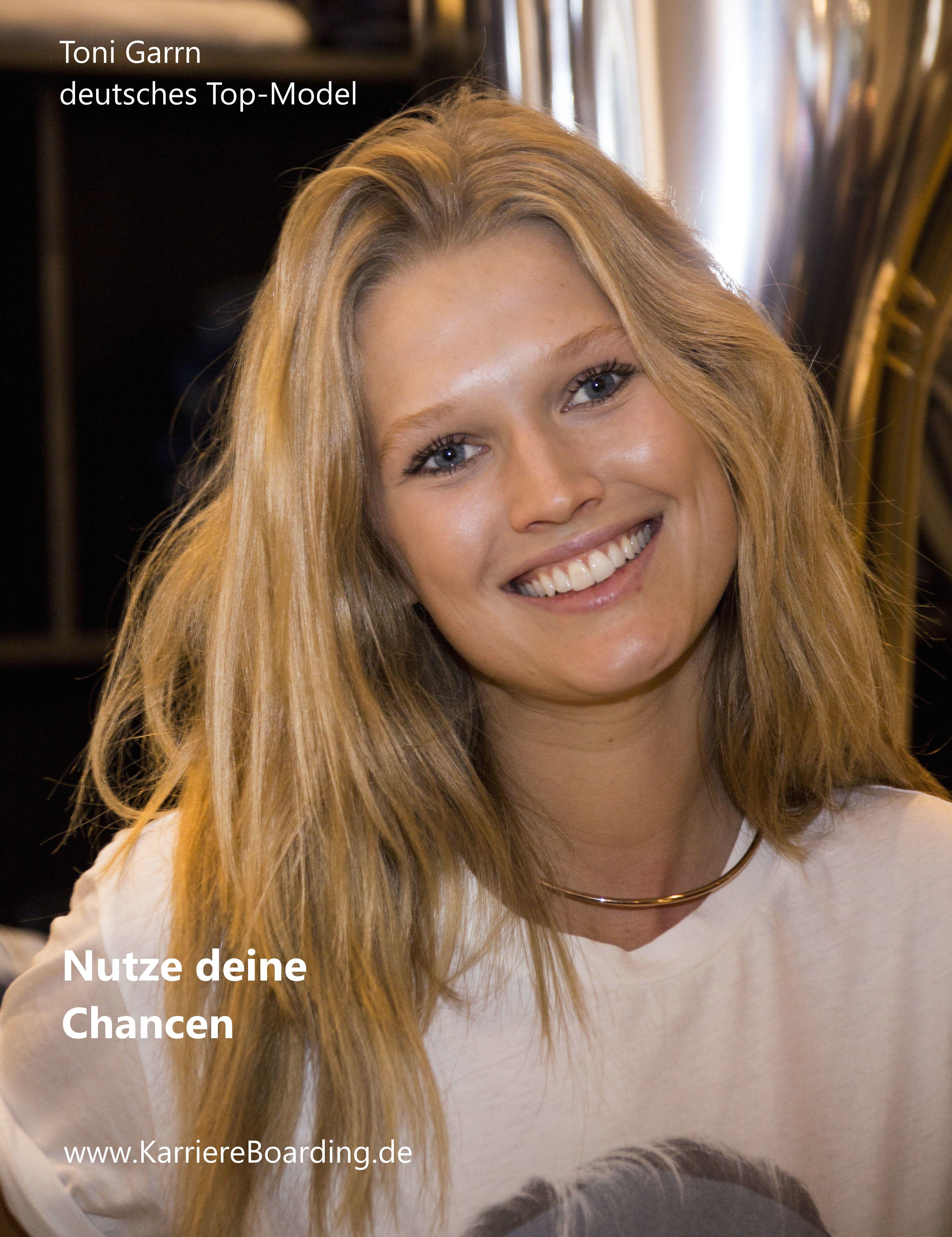 Nutze Deine Chancen Toni Garrn Model Smile Face