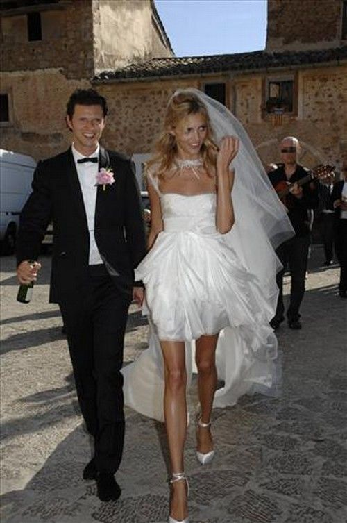 Anja Rubik Wearing A Special Model Of Giuseppe Zanotti Design Shoes For Her  Marriage