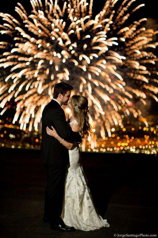Fireworks Wedding Pictures | Vermont Bride Magazine | Fourth of July Wedding Inspiration | Jorge Santiago Photography
