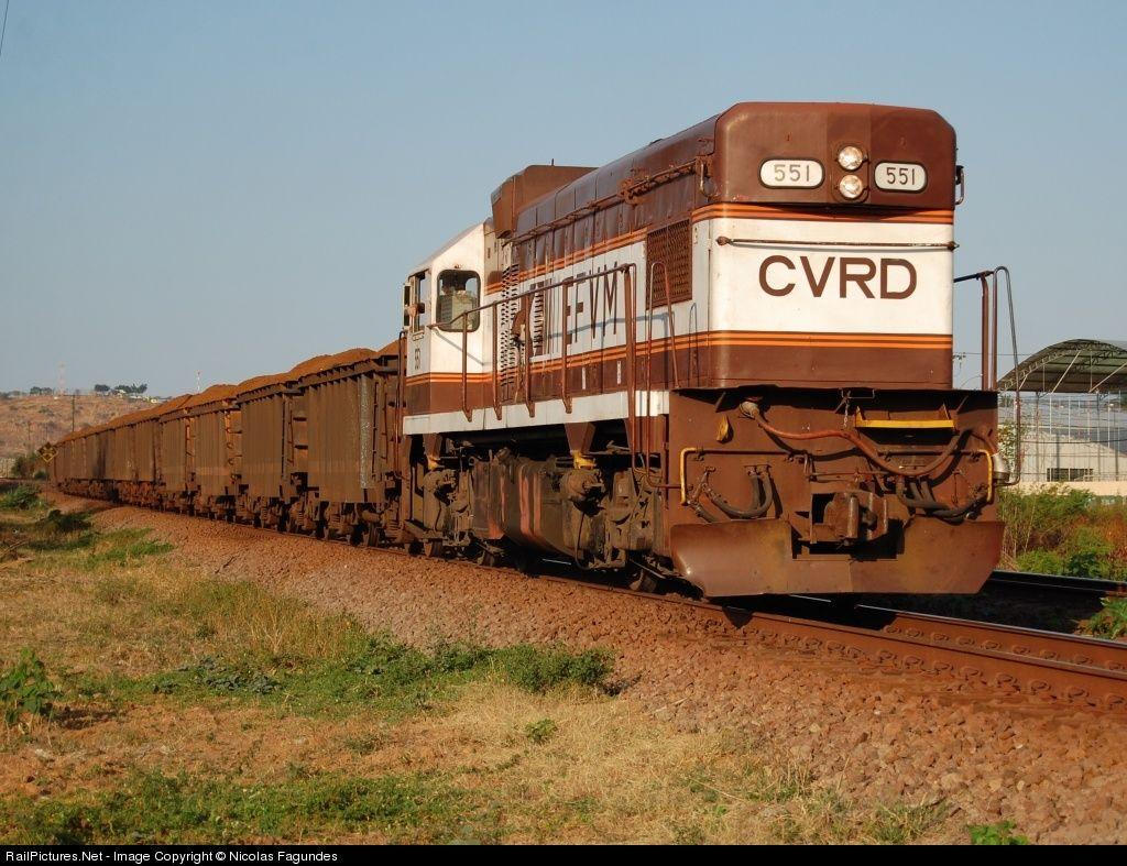 Foto RailPictures.Net: EFVM 551 EFVM - Estrada de Ferro Vitória a Minas EMD G12 em Governador Valadares (MG), Brasil por Nicolas Fagundes