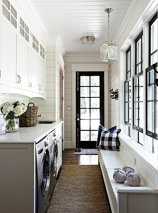 Foyer Laundry Room : Beautiful black and white entryway with laundry room