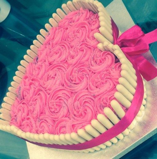 Decorative Idea for heart shape cake :- - - - White chocolate ...