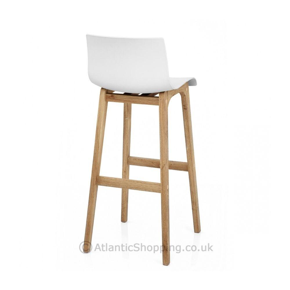 excellent tabouret de bar rsine bois with customiser un bar en bois. Black Bedroom Furniture Sets. Home Design Ideas