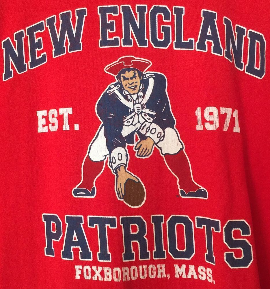 154264adf Retro Pat Patriot NEW ENGLAND PATRIOTS Size XL Throwback Logo T-SHIRT  NFLPlayers  NFLPlayers  NewEnglandPatriots