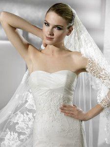 Robe de mariee noce blanche bordeaux