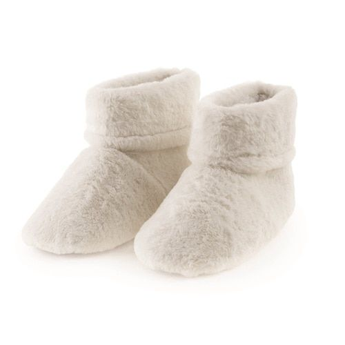 671a9e32606 Aroma Home Cream Faux Fur Scented Microwavable Slipper Boots