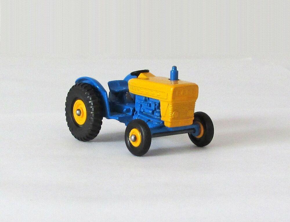 Vintage Lesney Matchbox Ford Tractor Yellow Hubs Regular Wheel XLNT 1967