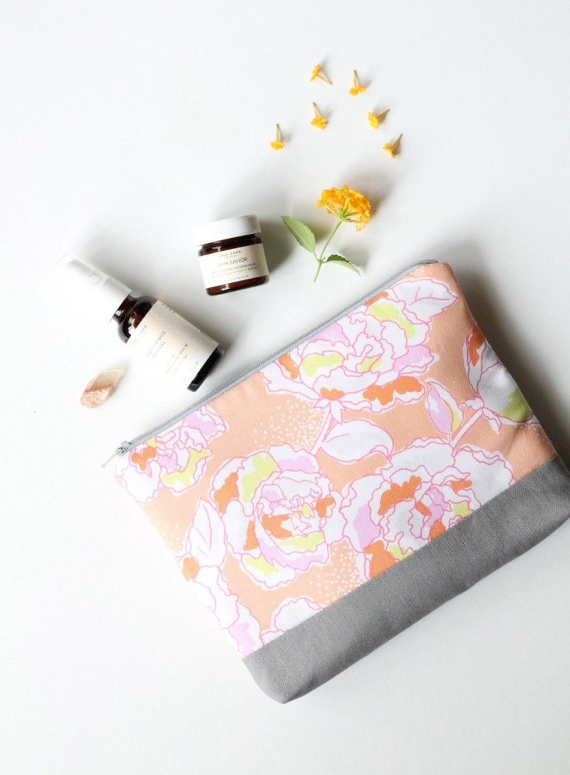 The 50 Best Bridesmaid Gifts for 2020 Weddings | Emmaline Bride
