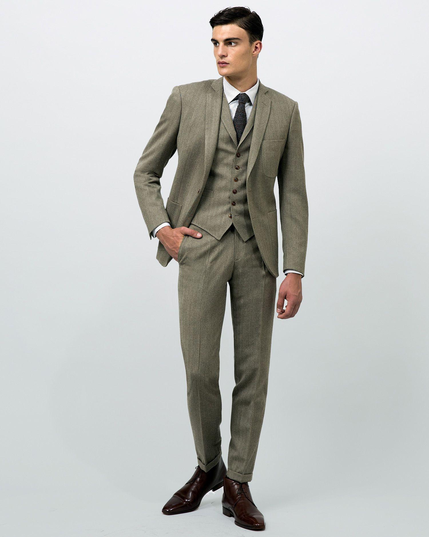 costume sur mesure en tweed chevrons beige 2 boutons. Black Bedroom Furniture Sets. Home Design Ideas