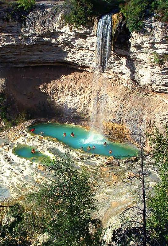 Las Grutas De Tolantongo Mexico Travertine Hot Springs