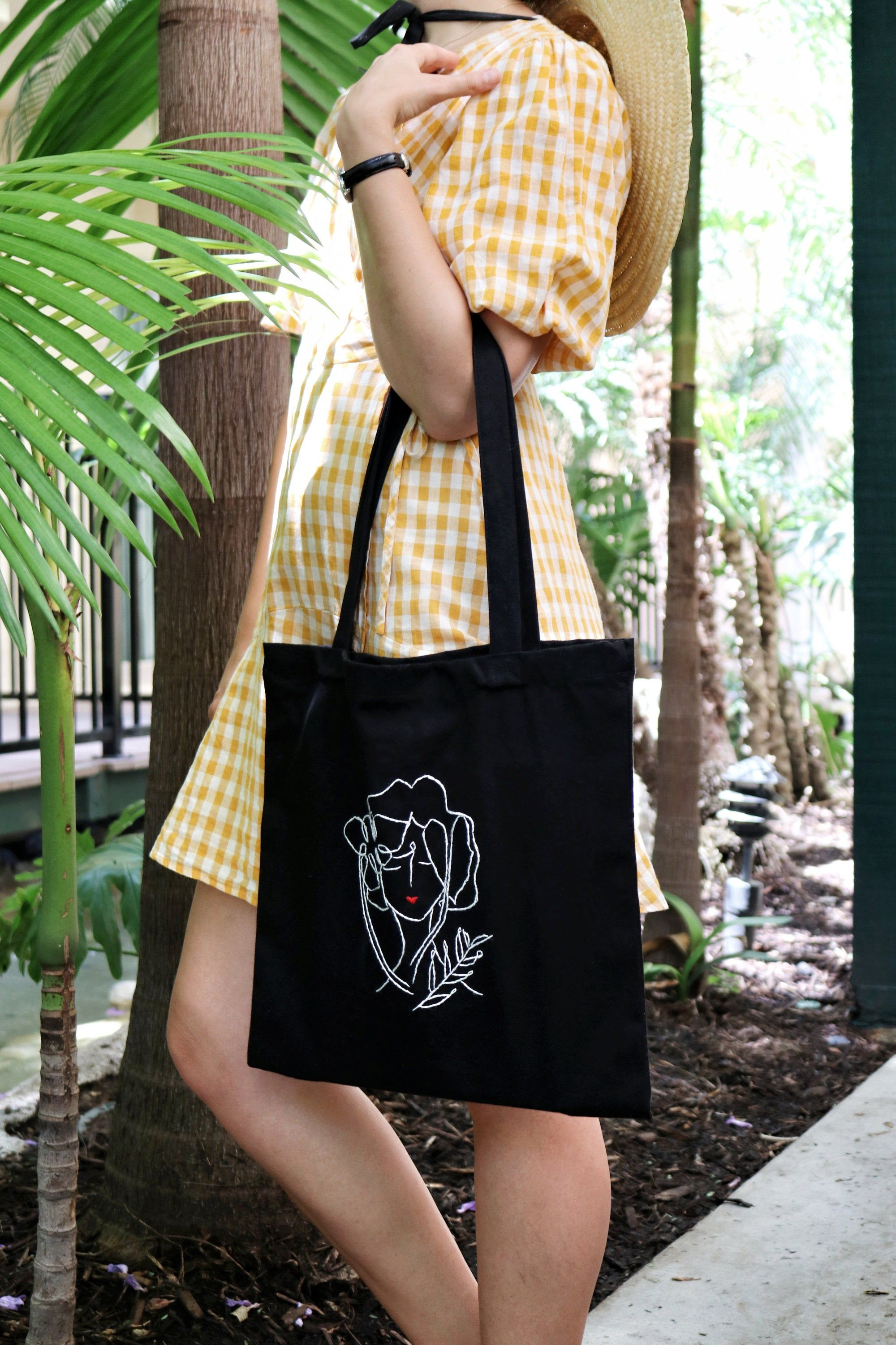 Tote bag with flowers floral pattern Handmade eco-friendly fabric Fall outfit ideas Botanical Embroidered tote bag linen hand bag