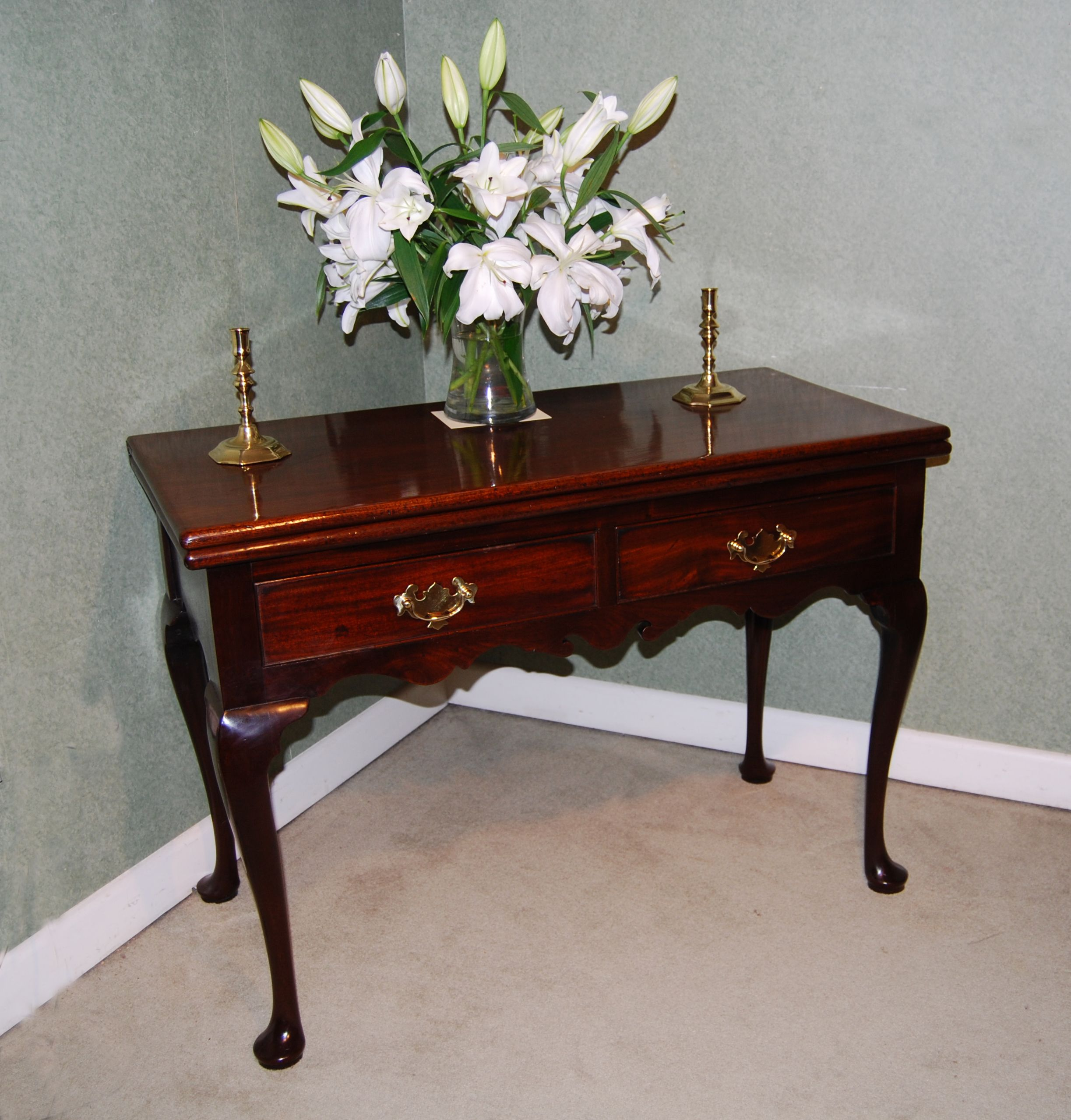 rare quality cuban mahogany fold over top tea table with two drawers