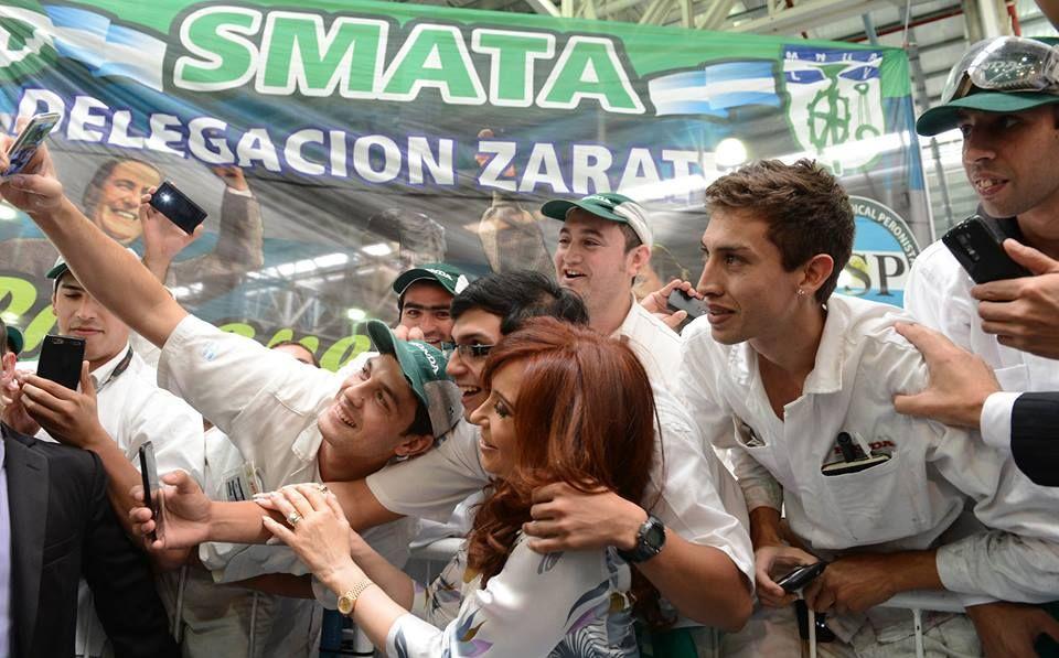 CFK en la planta de Honda, en Campana - http://www.cfkargentina.com/honda-invierte-250-millones-para-producir-la-hr-v-en-argentina/