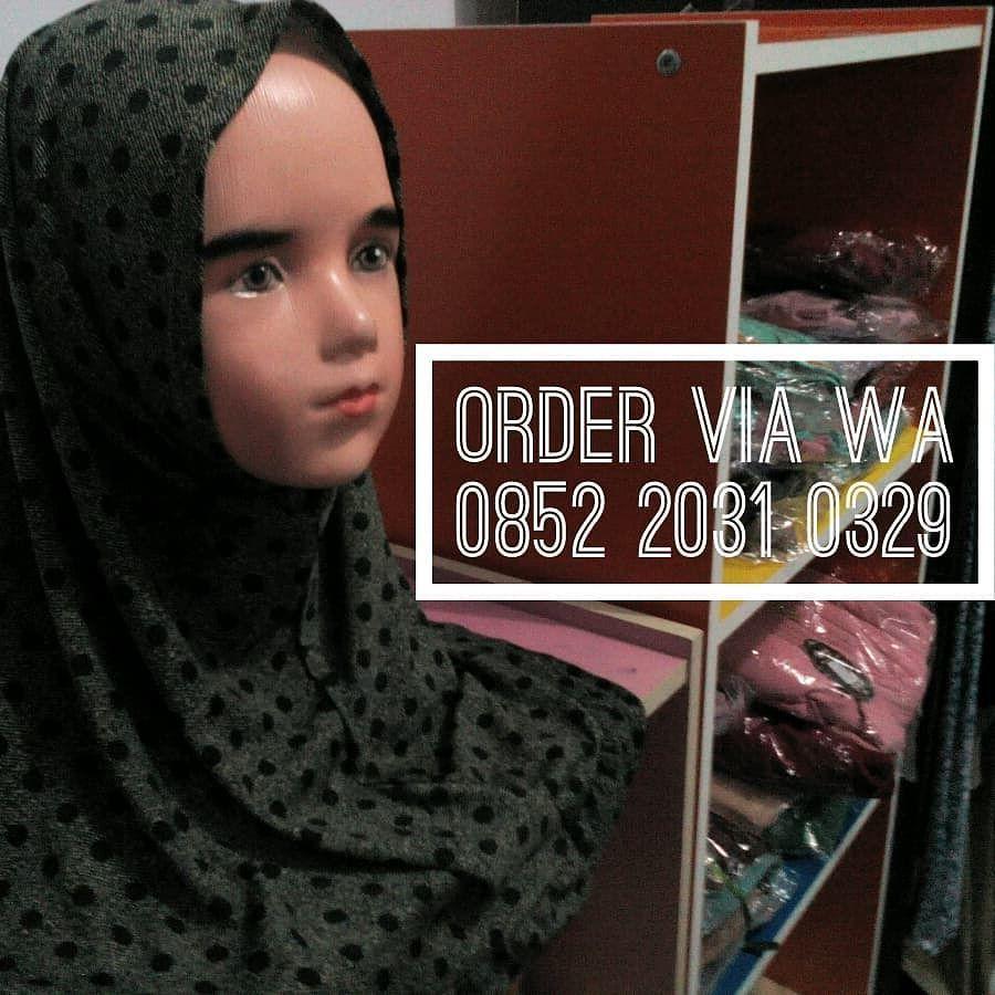 Jilbab Anak Instan Polkadot Hitam Warna Dasar Motif Hijau Dan Hitam Garis Kecil Model Tepi Rempel Bahan Jersey Harga 30rb Aja 3 Beli 6285220310329