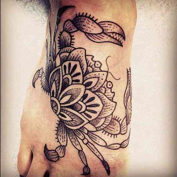 30 best cancer tattoo ideas crab tattoos for cancer. Black Bedroom Furniture Sets. Home Design Ideas