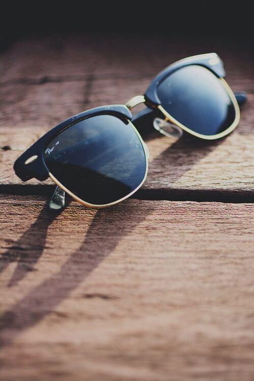 Ray Ban RB3016 Clubmaster Sunglasses Ebony Arista Frame Crystal Green Lens.  Only  19.99 da03690a6fa4