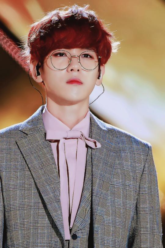 baekhyun just looks so ethereal here i wanna cry  © rightful owner #exo #baekhyun #cbx