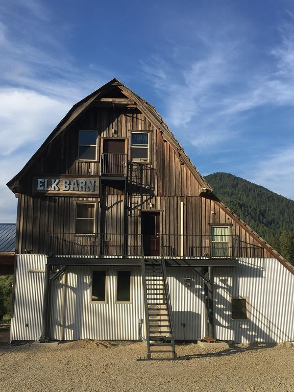 THE ELK BARN INN - Guest Ranch, Lodge & Event Center -NW ...