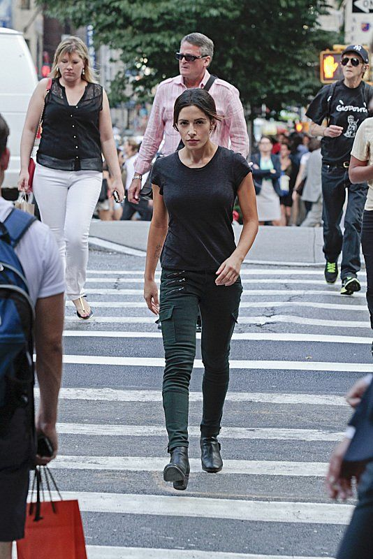 Still of Sarah Shahi in Person of Interest
