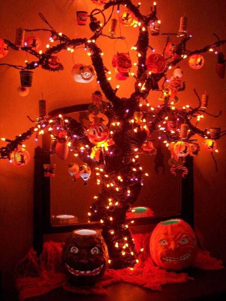 Halloween Tree | Halloween | Pinterest | Halloween trees, Halloween crafts  decorations, Spirit halloween