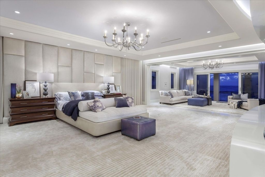 Huge Bedroom Decorating Ideas 19 Huge Bedrooms Huge Master Bedroom Luxury Bedroom Master