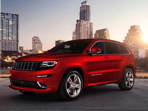 Revealed 2014 Jeep Grand Cherokee Srt Detroit 2013 Jeep Grand Cherokee Srt 2014 Jeep Grand Cherokee Jeep Grand Cherokee