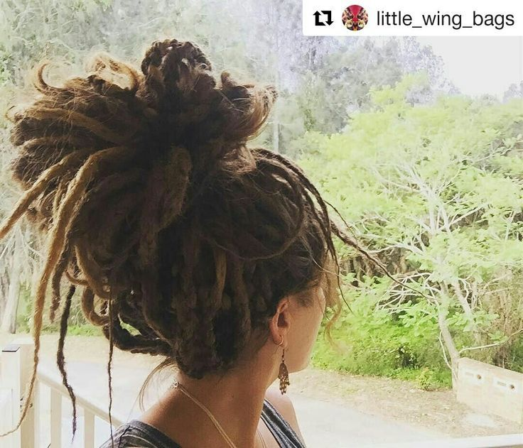 Messy Dread Bun Dreadlock Hairstyle Updo Dreadlocks Pinterest
