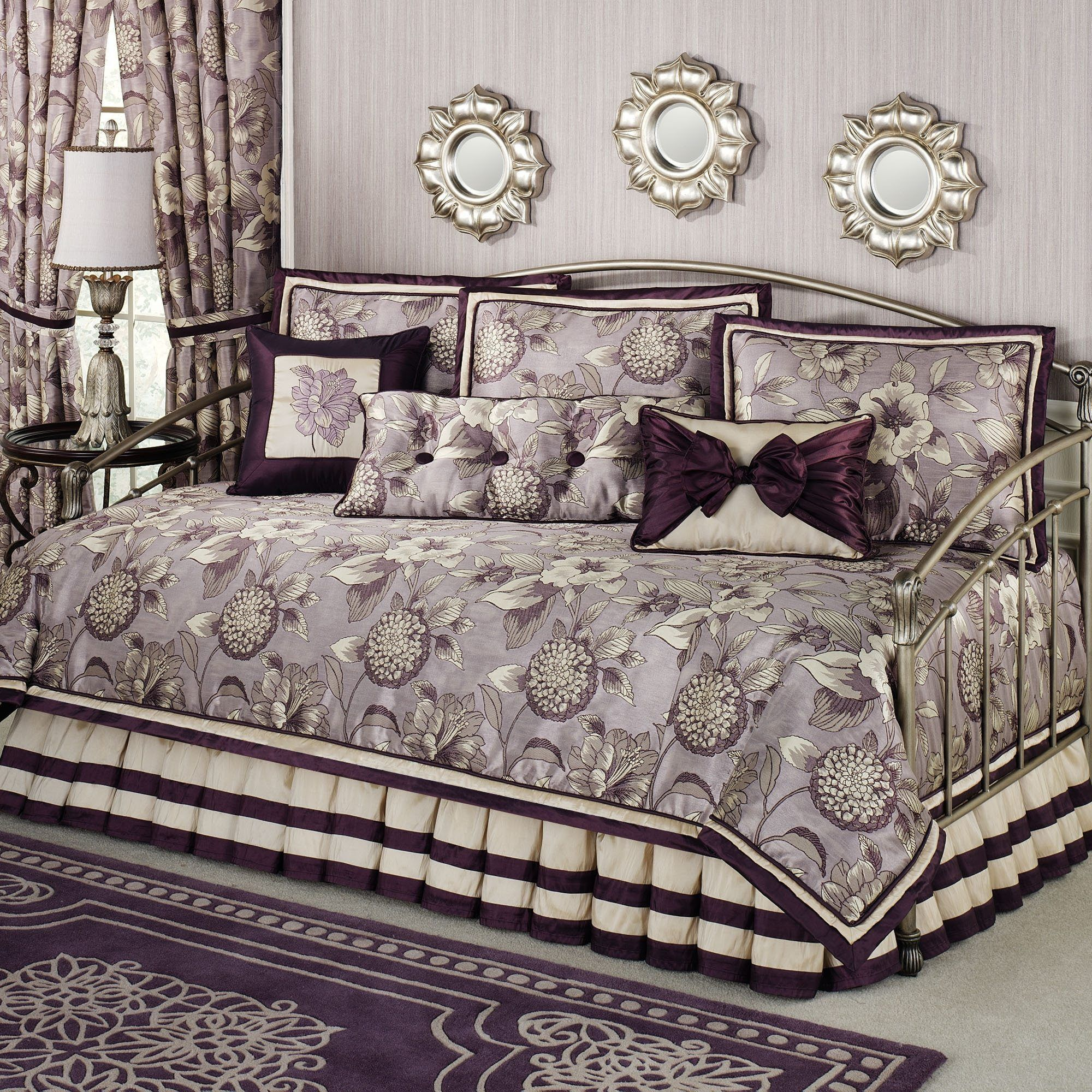 Daybed Bedding Sets Clearance Has One Of The Best Kind Of Other Is  Beautiful Daybed Bedding