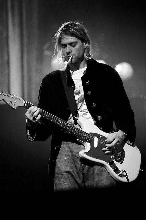 Https Wallpaperpinterest Com 44352 Html Kurt Cobain Nirvana Kurt Cobain Nirvana