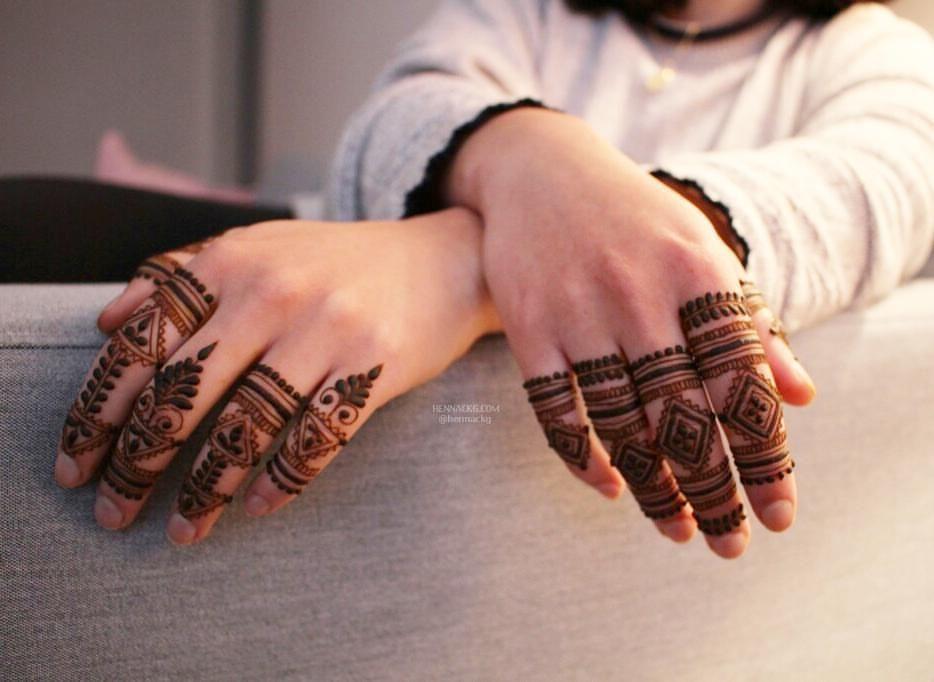 Mehndi Ankle Instagram : 3 491 likes 13 comments camille u2014 henna ckg @hennackg on