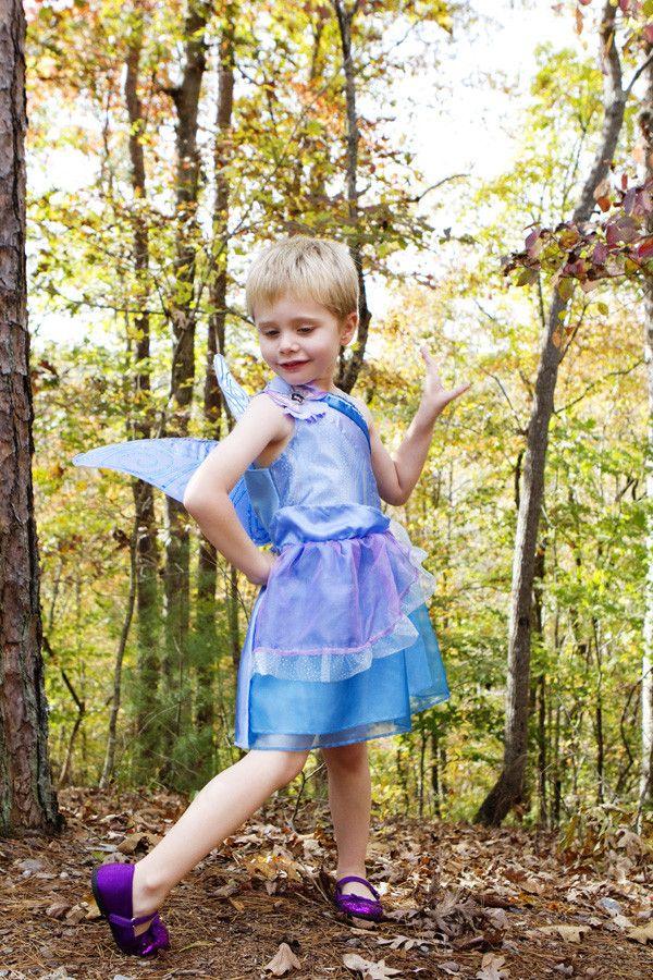 Twirl In His Disney Fairies Costume Foto De Roupas Roupas Feminino