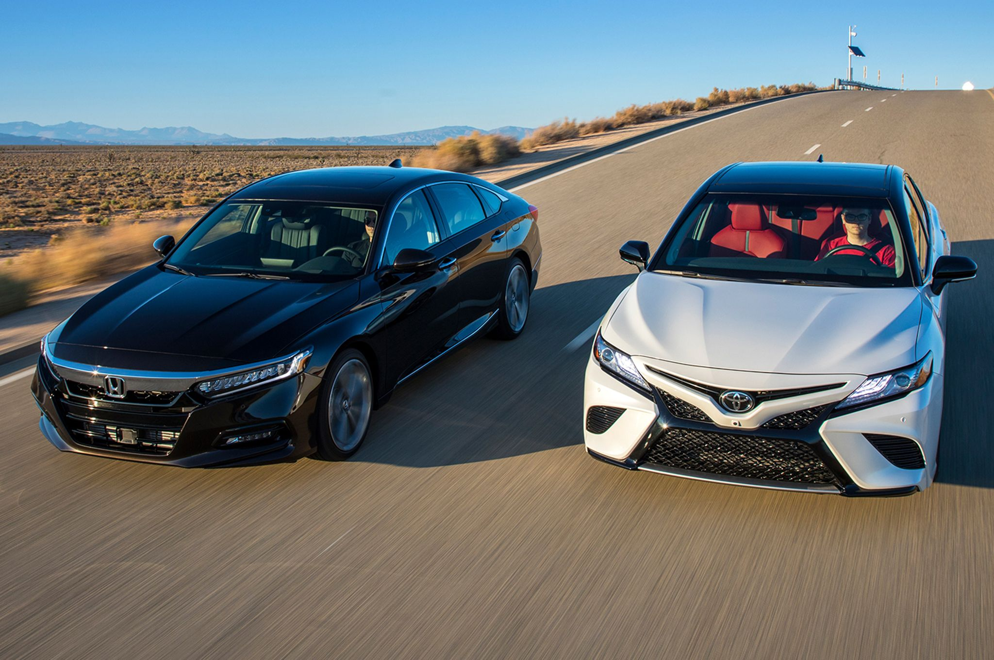 2018 Camry XSE V6 vs 2018 Accord Touring 2.0Thttp//www