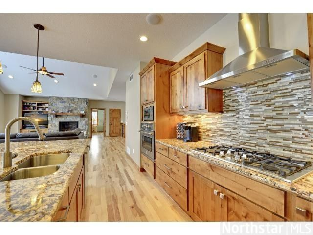 Beautiful Kitchen With High End Appliances The Knotty