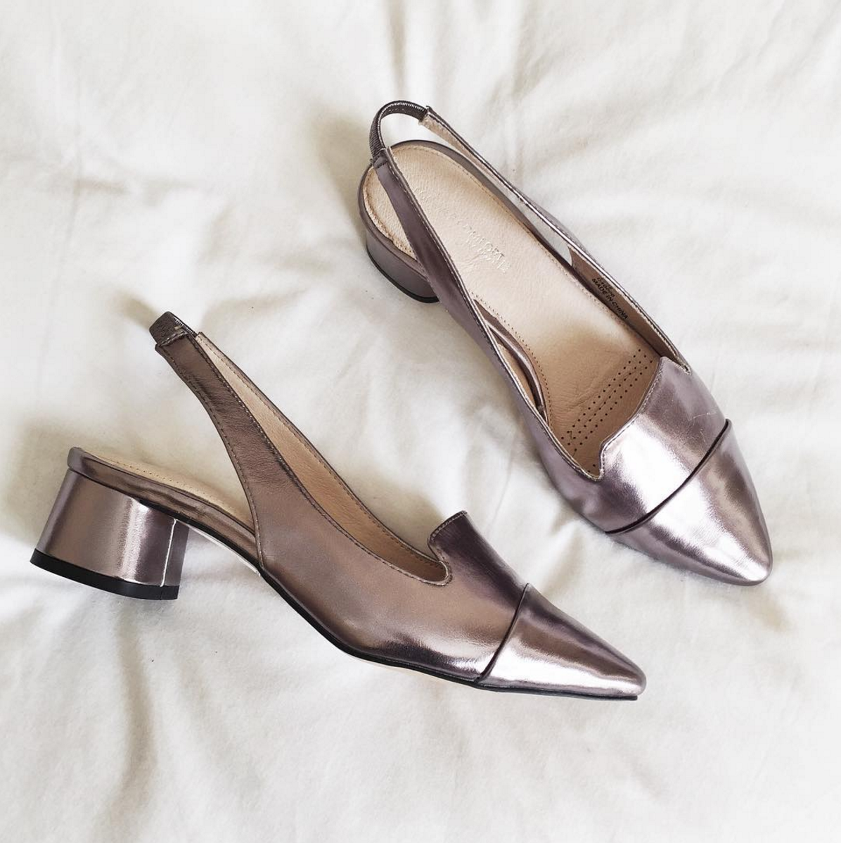 Footwear GOALS with @abbietanner metallic is one trend you need in your wardrobe right now, so why not do it through your shoes?