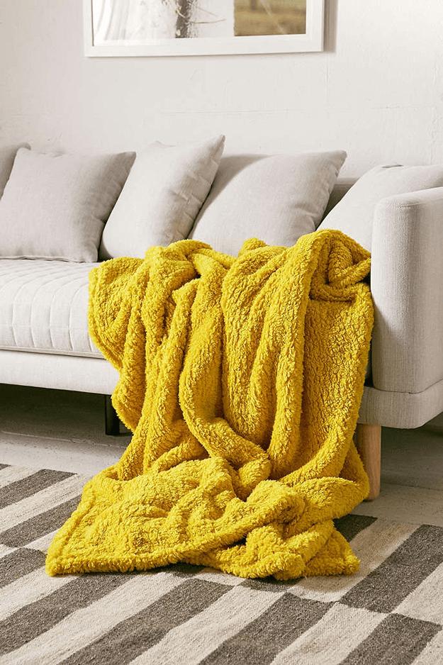 Refresh Your Sofa Sete Yellow Cotton Throw With Jacquard Motifs Maisons Du Monde Snug Room Sofa Throw Sofa Blanket