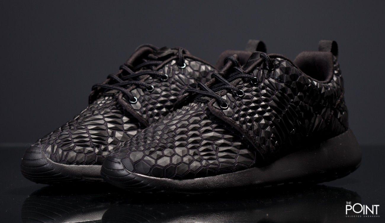 Zapatillas Nike Roshe One versión DMB Triple Black nueva versión One Premium 695ecb