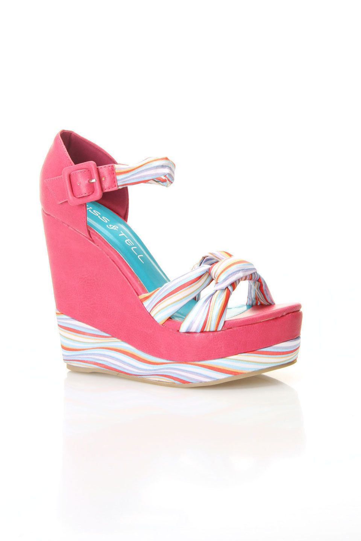 Quinn-06 Wedge Sandal In Hot Pink