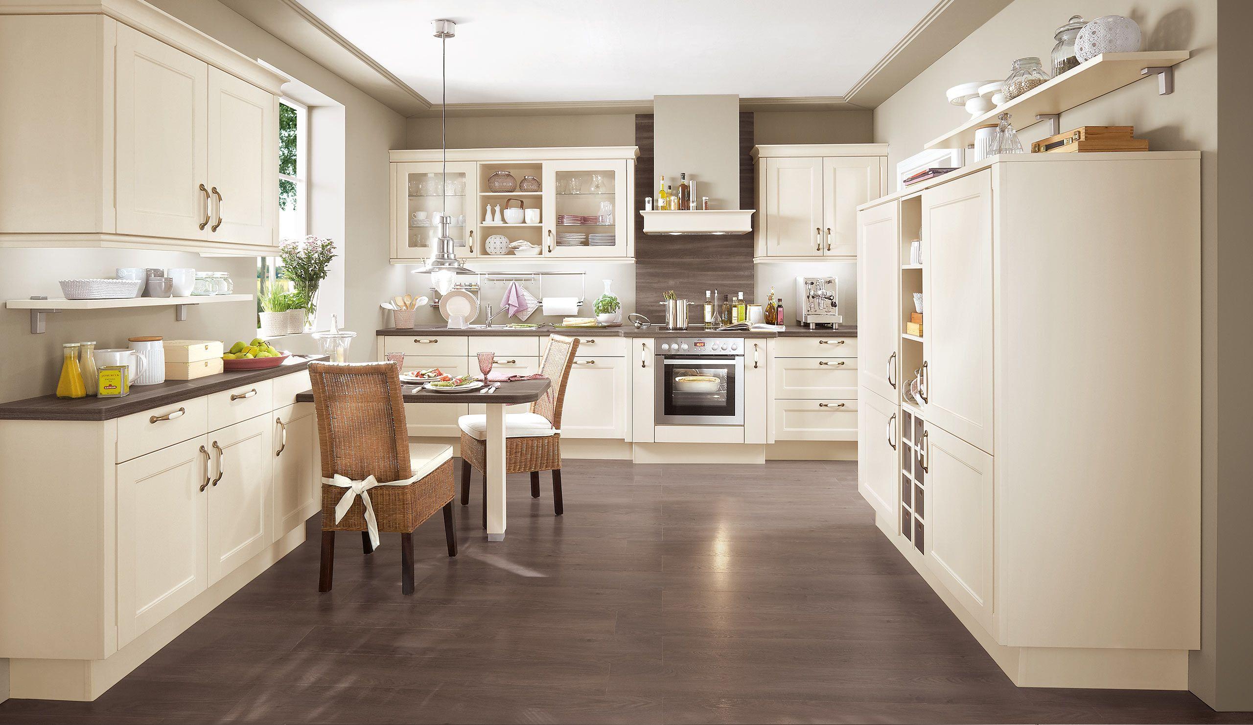 Welche Arbeitsplatte Passt Zu Magnolie Küche | Wandfarbe Küche ...