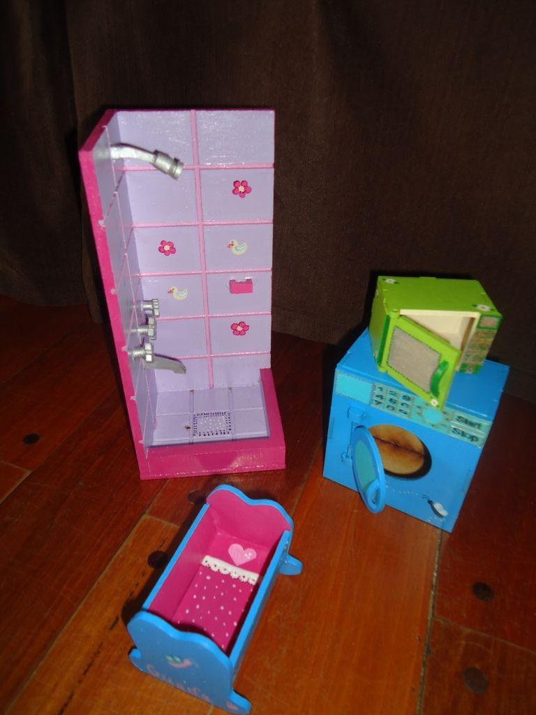 Ducha, microondas, lavarropas y cuna para Barbies   Muebles para ...