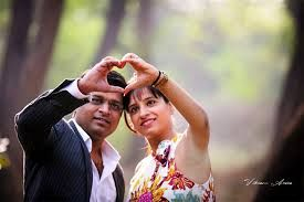 Image Result For Indian Pre Wedding Photoshoot Poses Pre Wedding